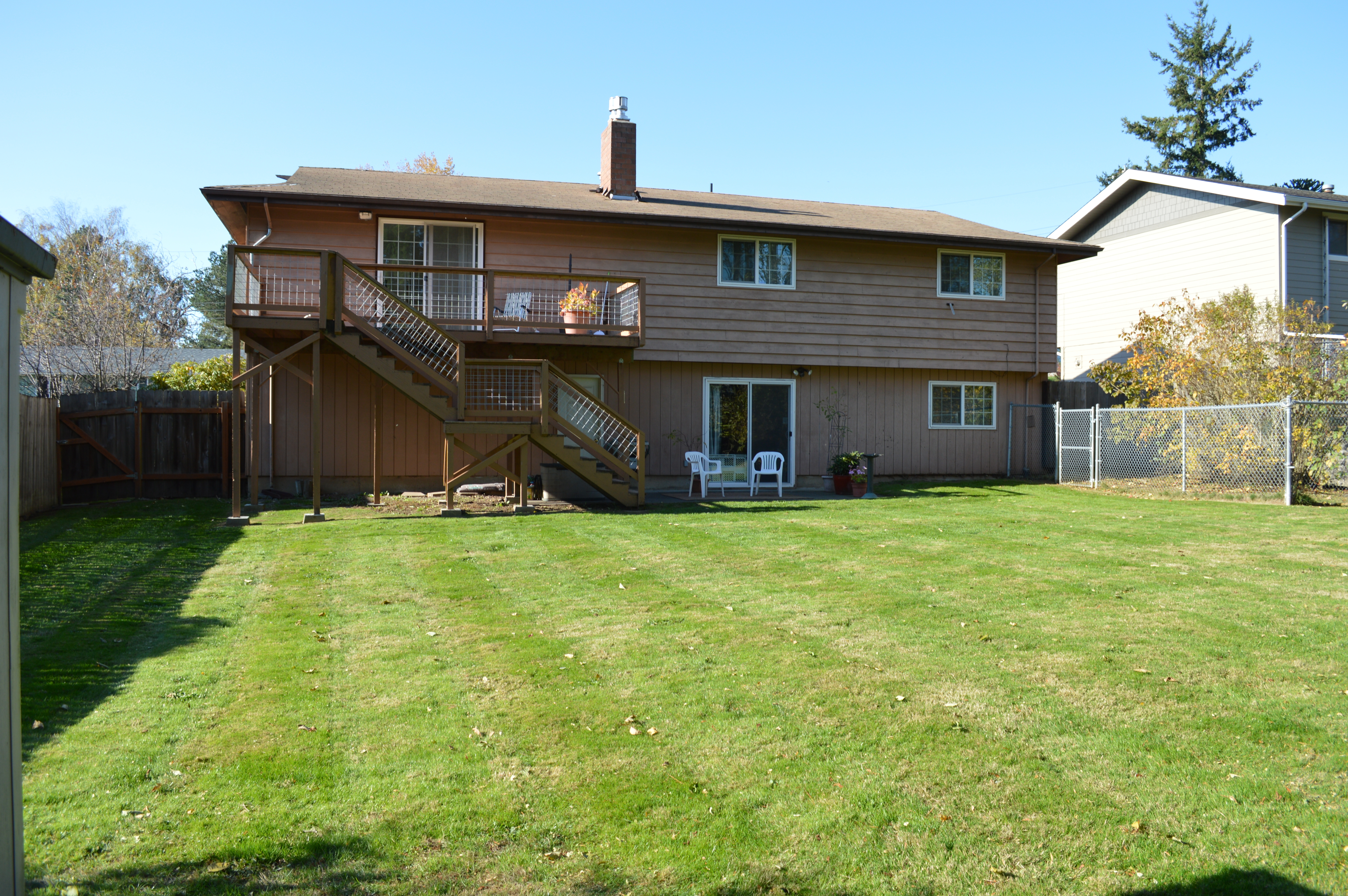 . Ferndale WA 4 bedroom  2 bath home with A C for sale