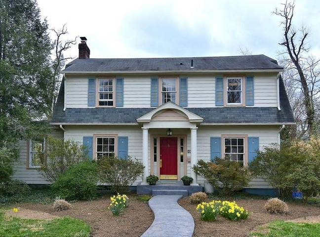 A Dutch Colonial in North Woodside Silver Spring Md