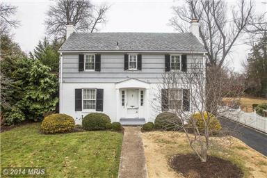 Classic Vintage Colonial - Woodmoor Silver Spring