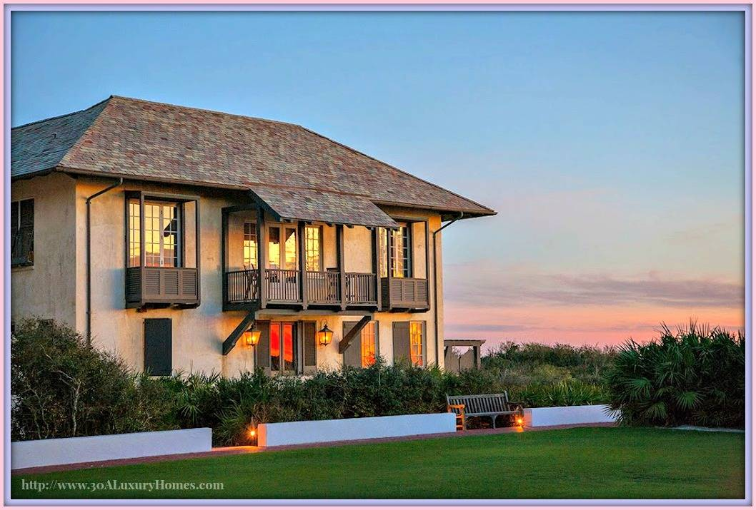 Homes along 30a define luxury for 30a home builders