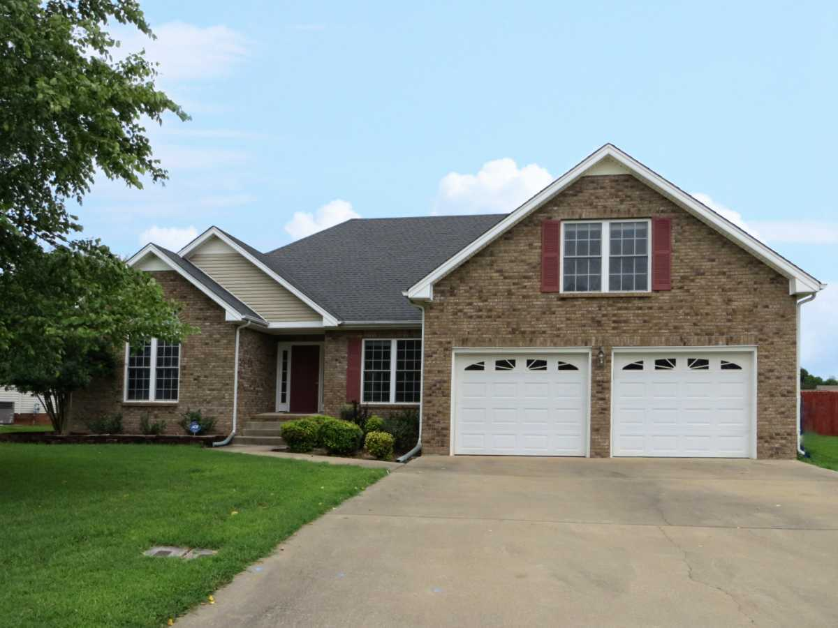 It came it sold at 3920 rhonda ct clarksville tn for Flooring clarksville tn