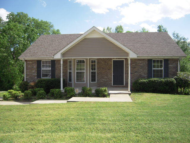 Affordable homes for sale under 150 000 in clarksville for Clarksville tn home builders