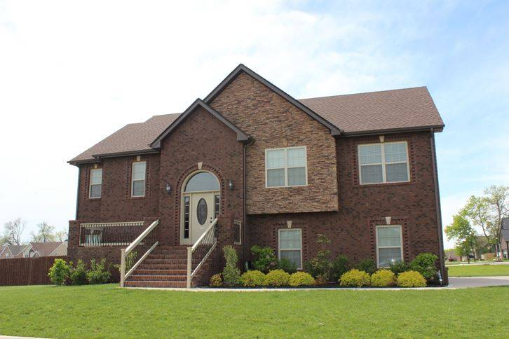Fabulous Clarksville Tn 4 Bedroom Homes For Sale August 2018 Download Free Architecture Designs Rallybritishbridgeorg