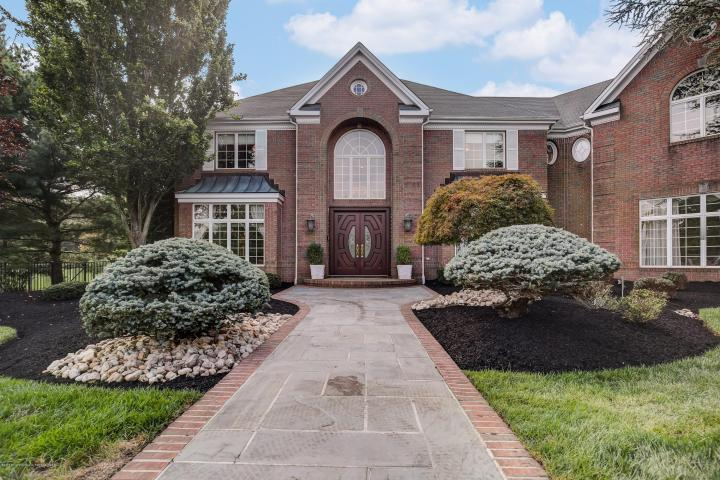 13 Burgundy Drive Holmdel DeFalco Realty