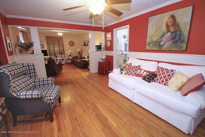 Staten Island Colonial DeFalco Realty