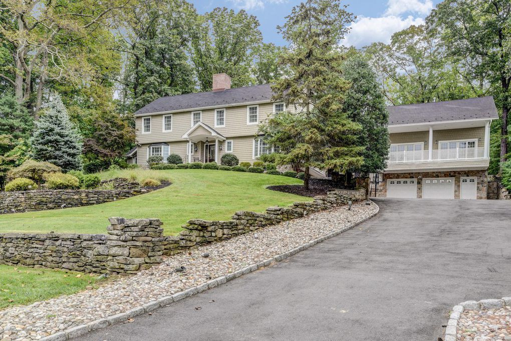 6 Grandview Drive Holmdel DeFalco Realty