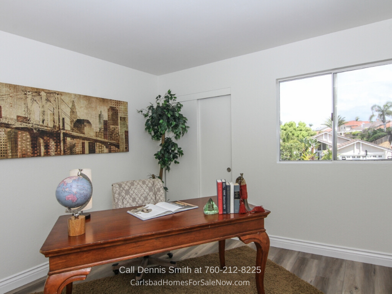 Carlsbad CA Home - This Carlsbad CA home offers flexible spaces best of modern convenience.