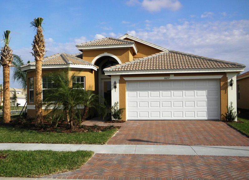 Valencia lakes homes for sale active adult community Valencia home