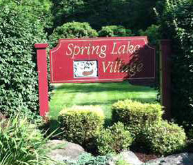 Spring Lake Village Adult Condos in Southington CT