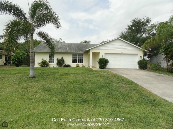 Pool Homes for Sale in Cape Coral FL - Life's simple pleasures await you in this beautiful pool home for sale in Cape Coral FL.