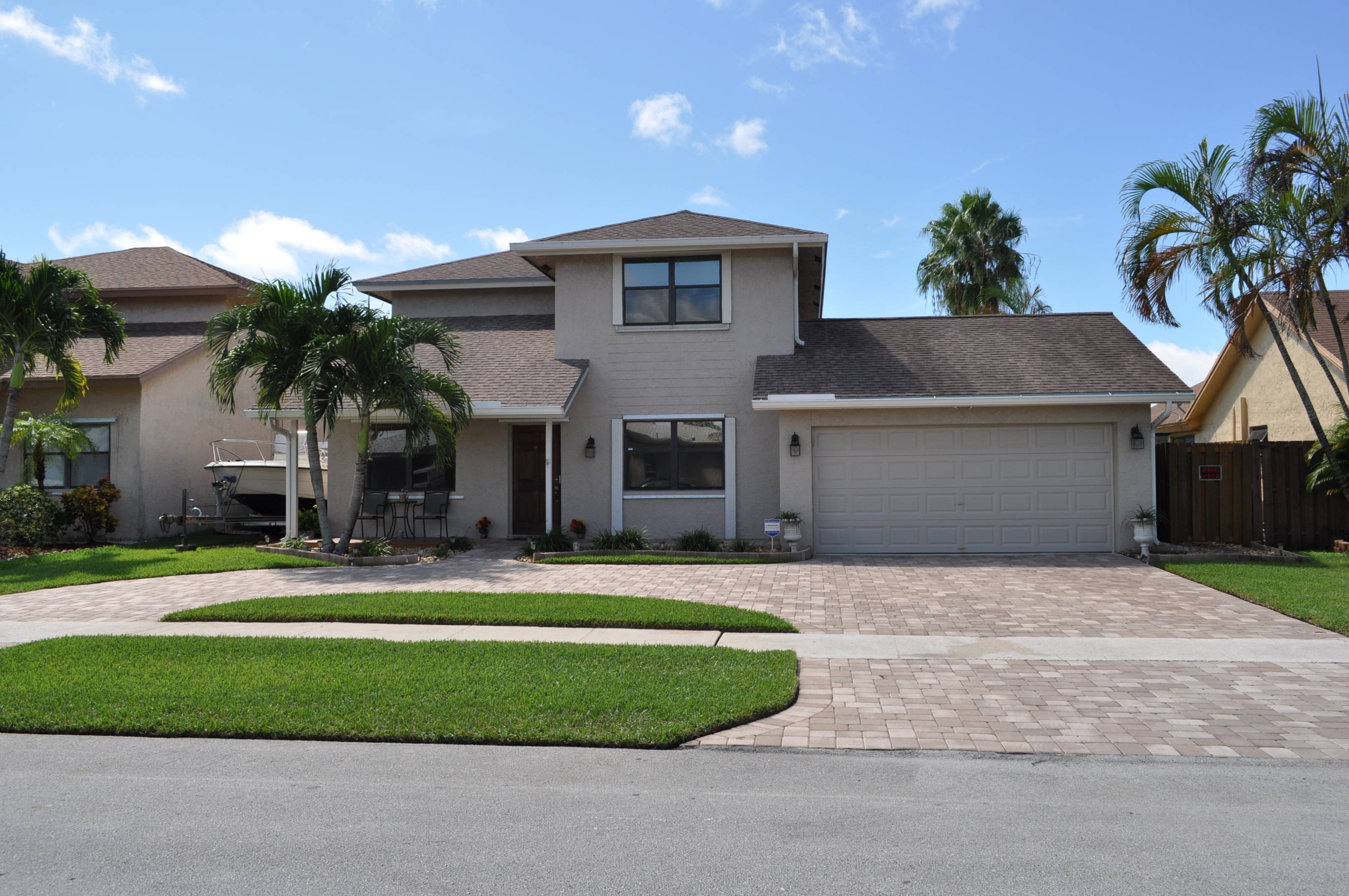 just listed beautiful home in sunrise florida