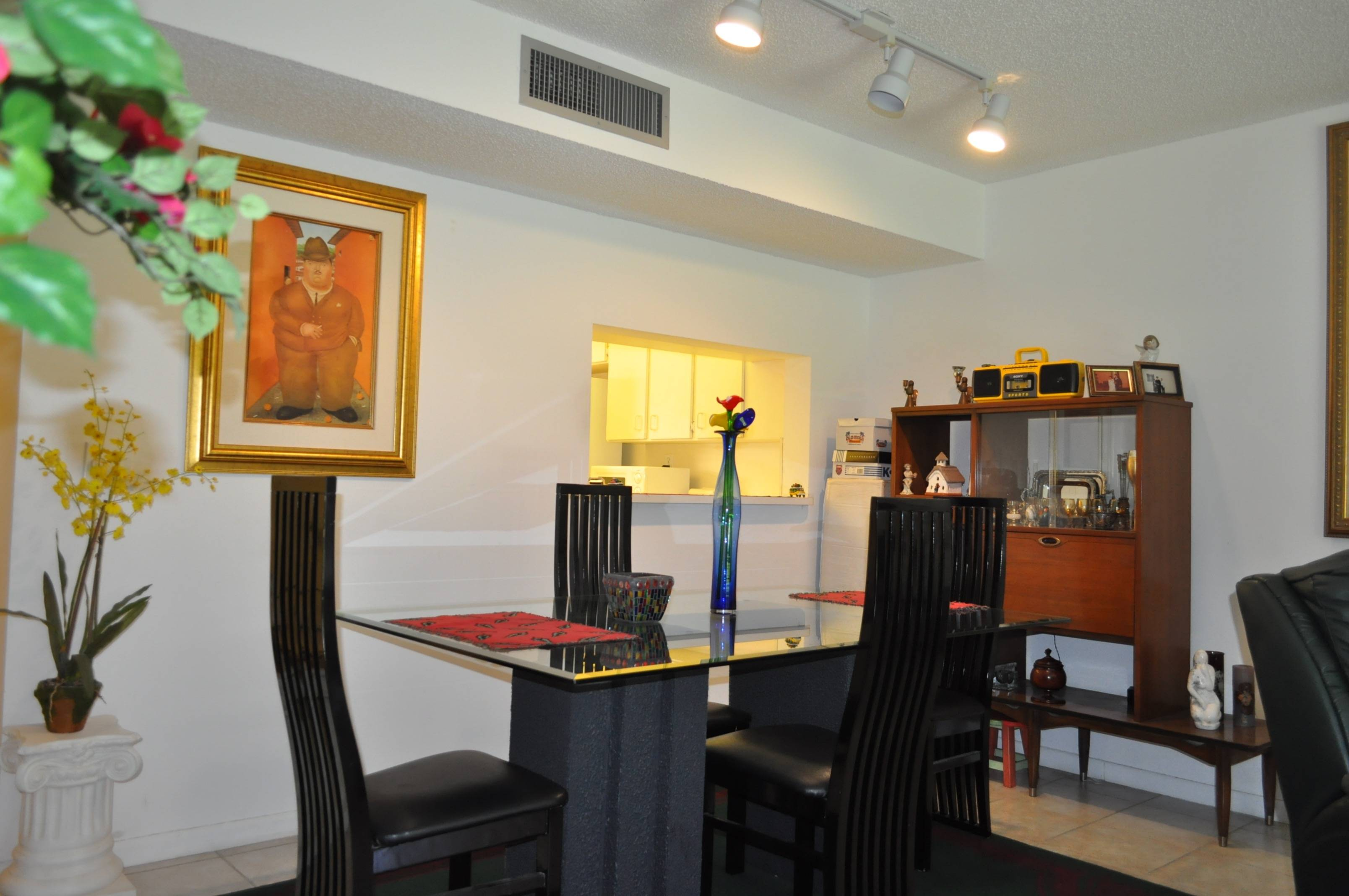 just listed immaculate condo in kendall fl