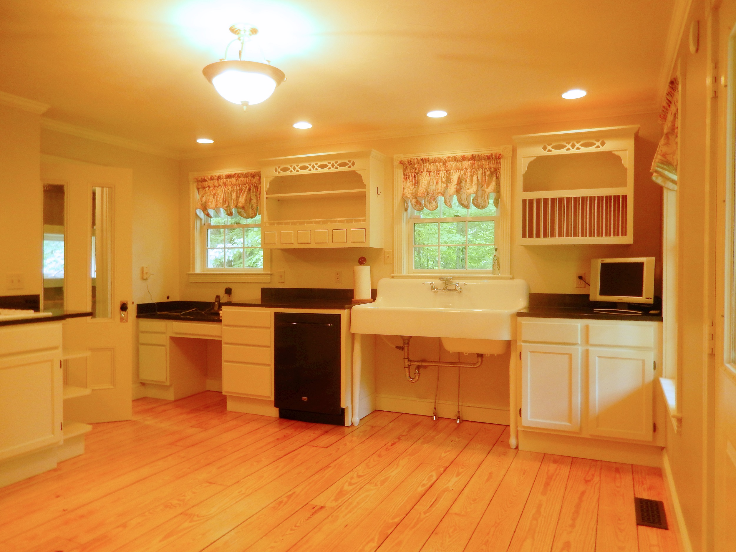 JUST LISTED! $3,990 ~ Merrimack Farm House FOR RENT -by ...
