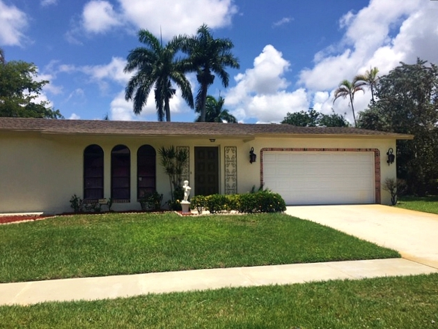 pet friendly 55+ gated community in delray beach, boynton beach