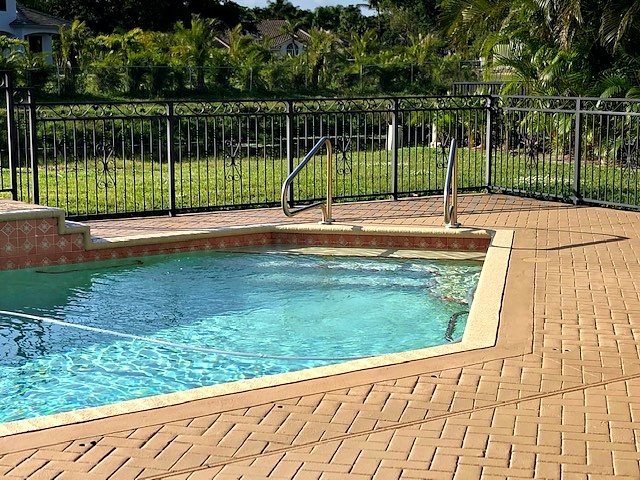 pool home in dog friendly gated community in boca raton florida