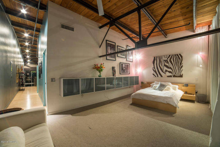 Admirable Luxury Awaits You At The Ice House Lofts Download Free Architecture Designs Fluibritishbridgeorg