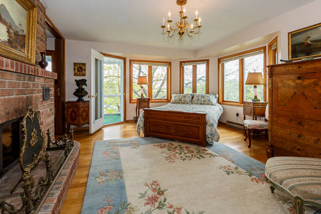 Main Level Master Suites In The Kingston 1000 Islands