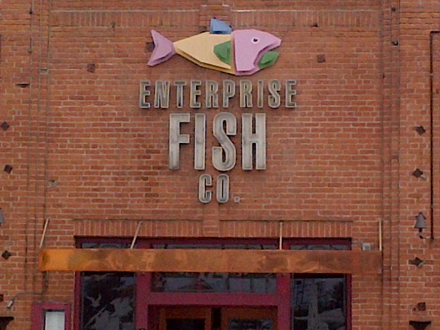 Casual dining at the enterprise fish co in santa monica ca for Enterprise fish co santa monica