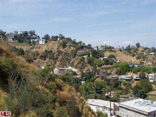 fantastic view lot in Los Angeles, Endre Barath