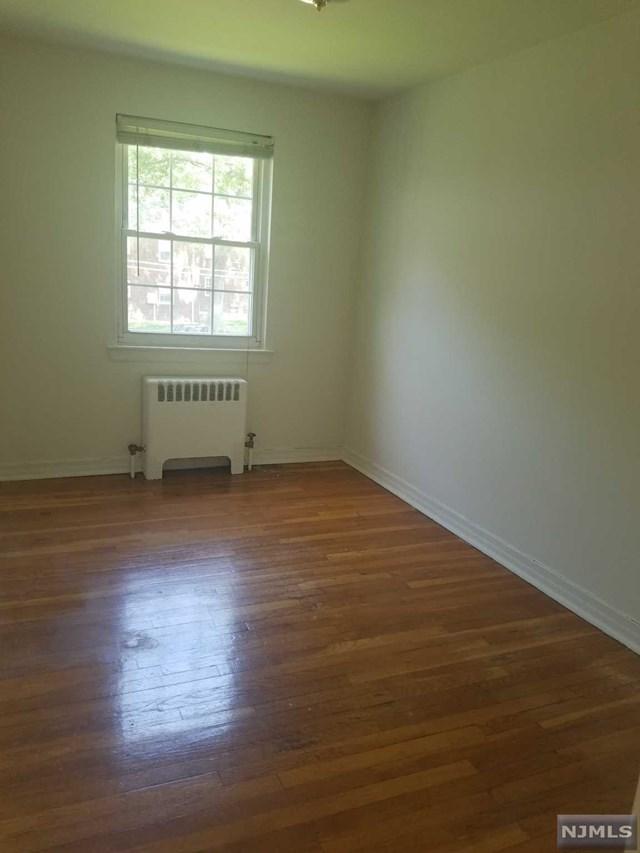 1 Bedroom Rutherford Manor Condo At 60 Clark Ct 187 Era