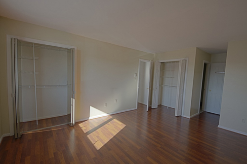 Lyndhurst Home For Sale A Great Two Bedroom Condo Near The River
