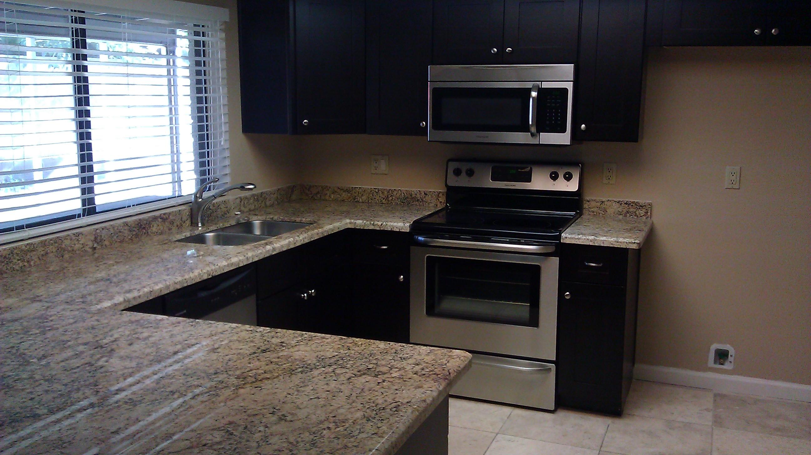 Remodeled 4 bedroom home for sale in willowbrook glendale az