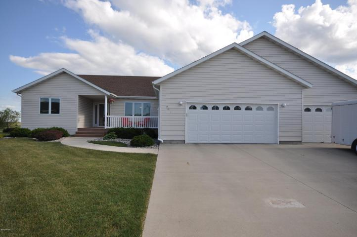 See fargo moorhead homes for sale this sunday for Fargo nd home builders