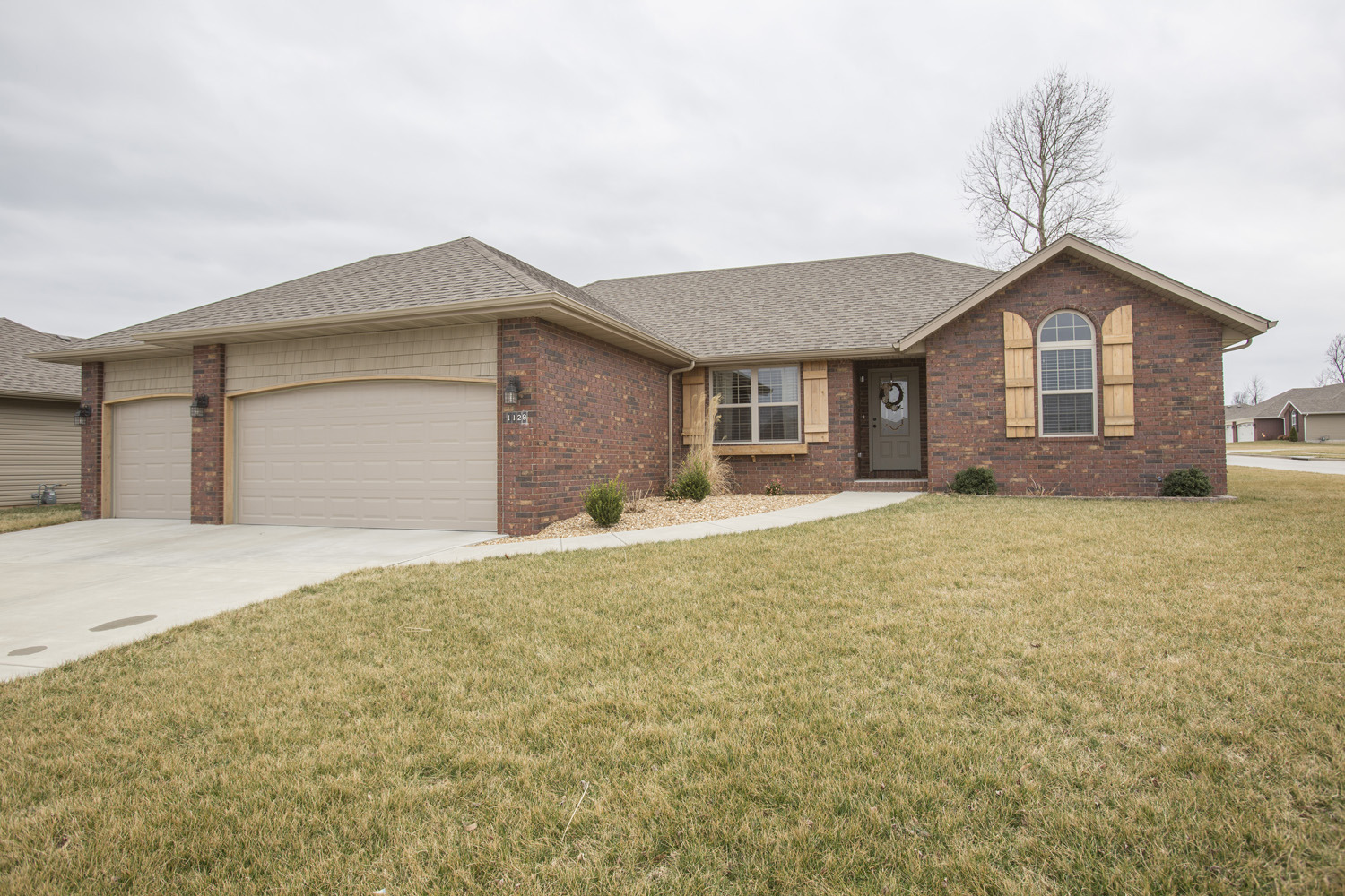 New Springfield listing by The Buy and Sell Group