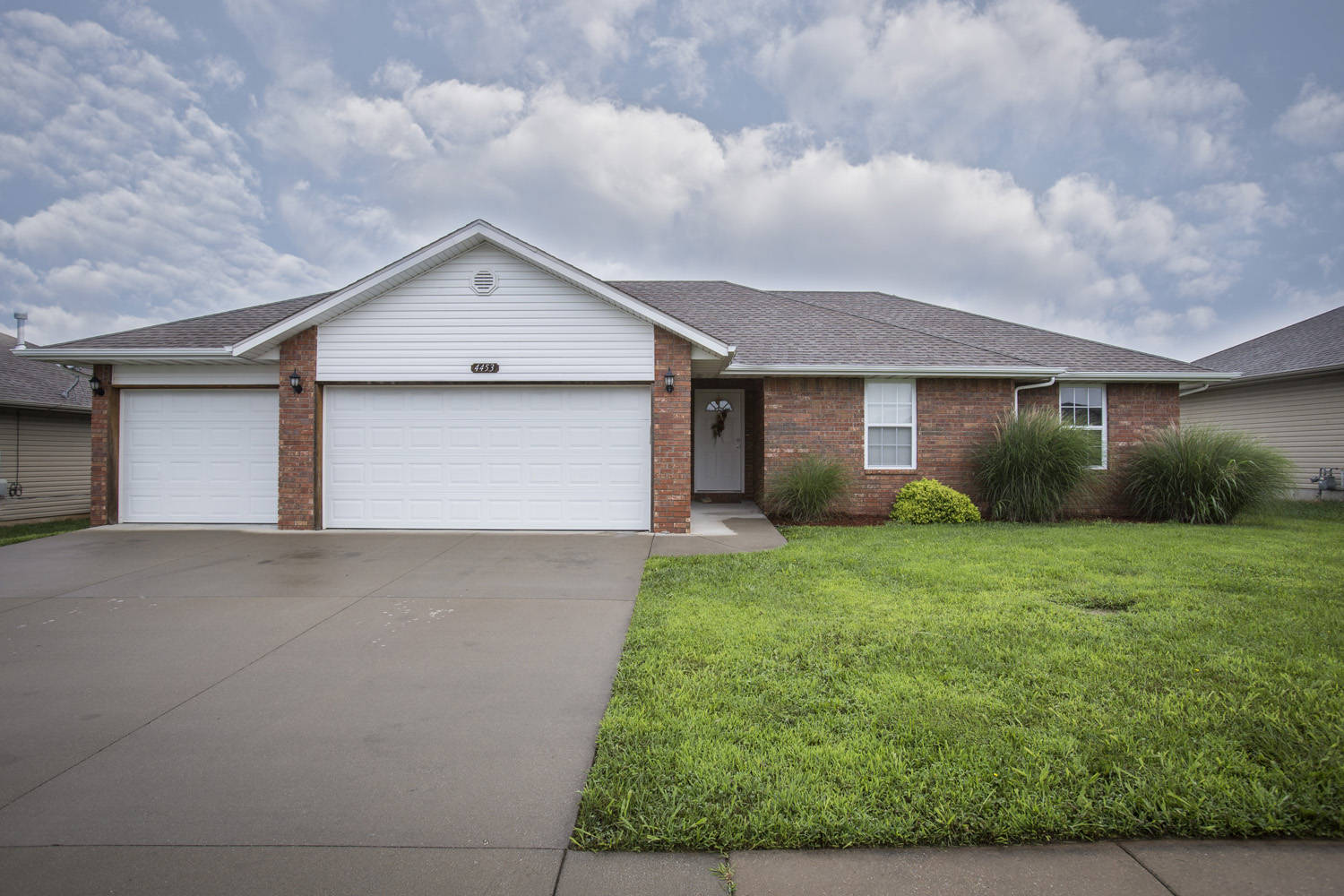 just listed house for sale in springfield mo