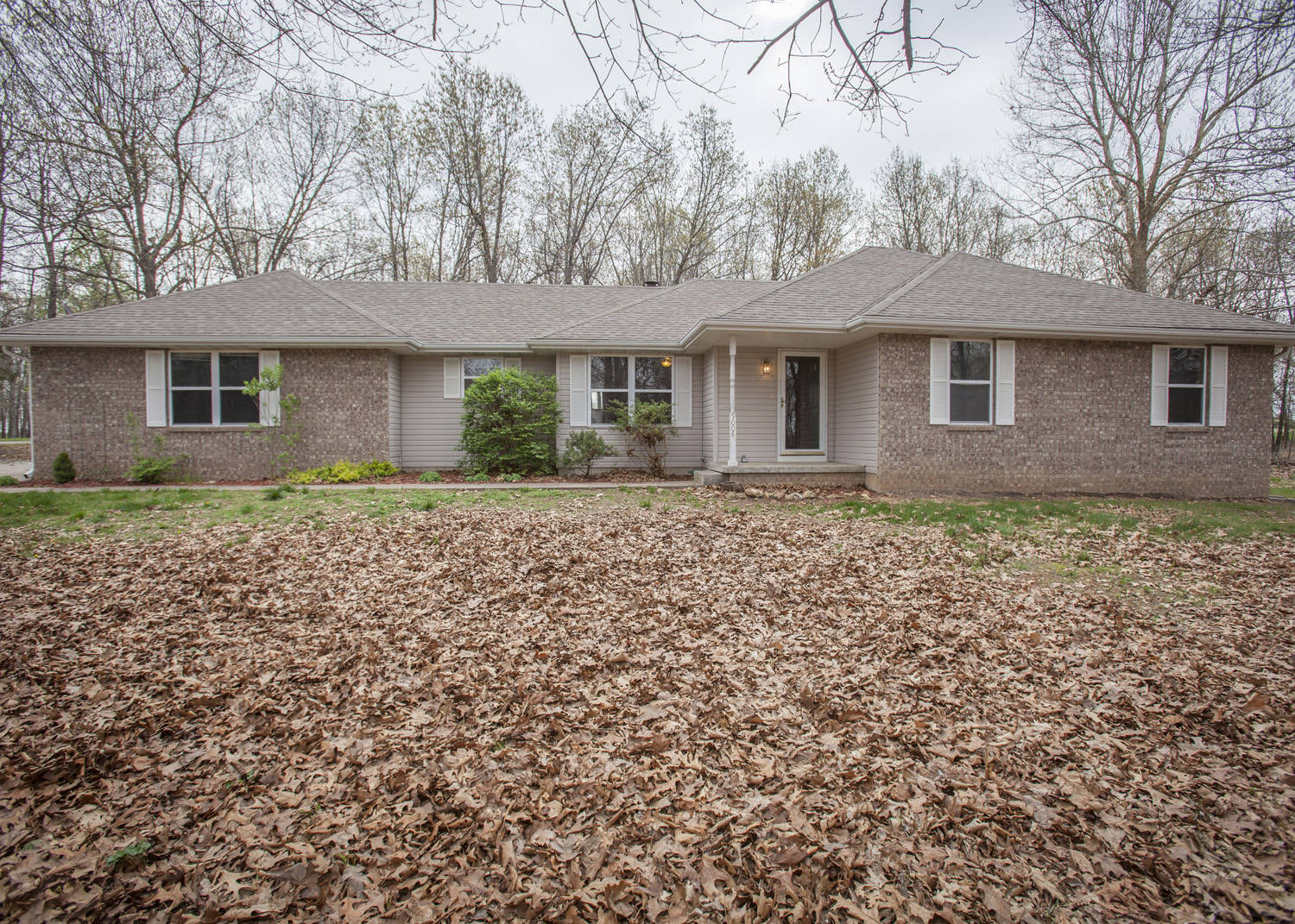 under contract in mt vernon mo