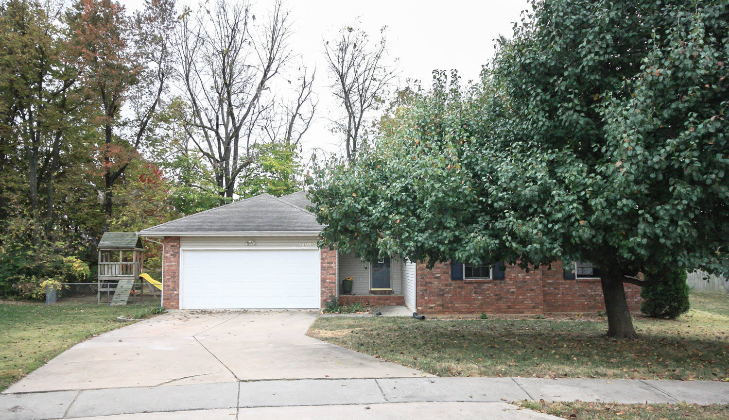 House Just Listed in Springfield mo, Evan Ryan and Buy and Sell Group