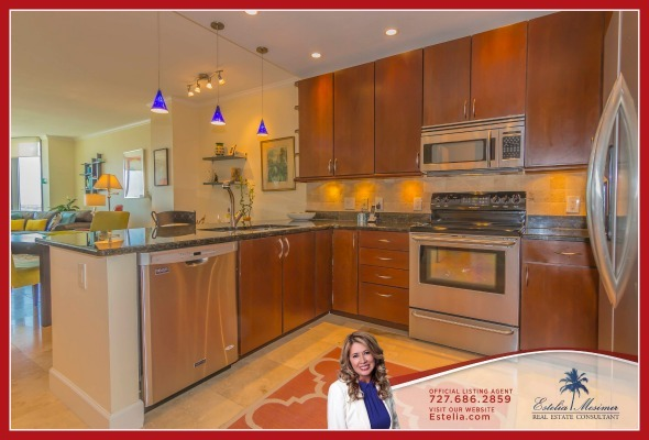 Condos in St. Petersburg FL - Let your inner chef loose and dazzle your guests with specially prepared dishes in the kitchen of this condo for sale in St. Petersburg.