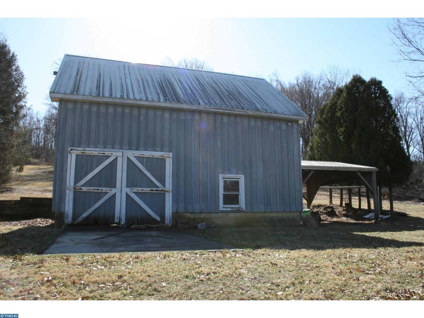 outbuilding on 2 acres