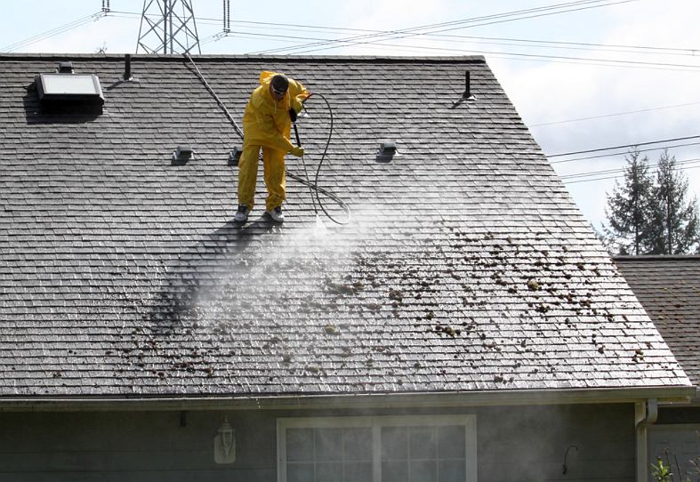 Cleaning a ROOF Should you pressure wash or shoul – Can You Pressure Wash A Shingle Roof