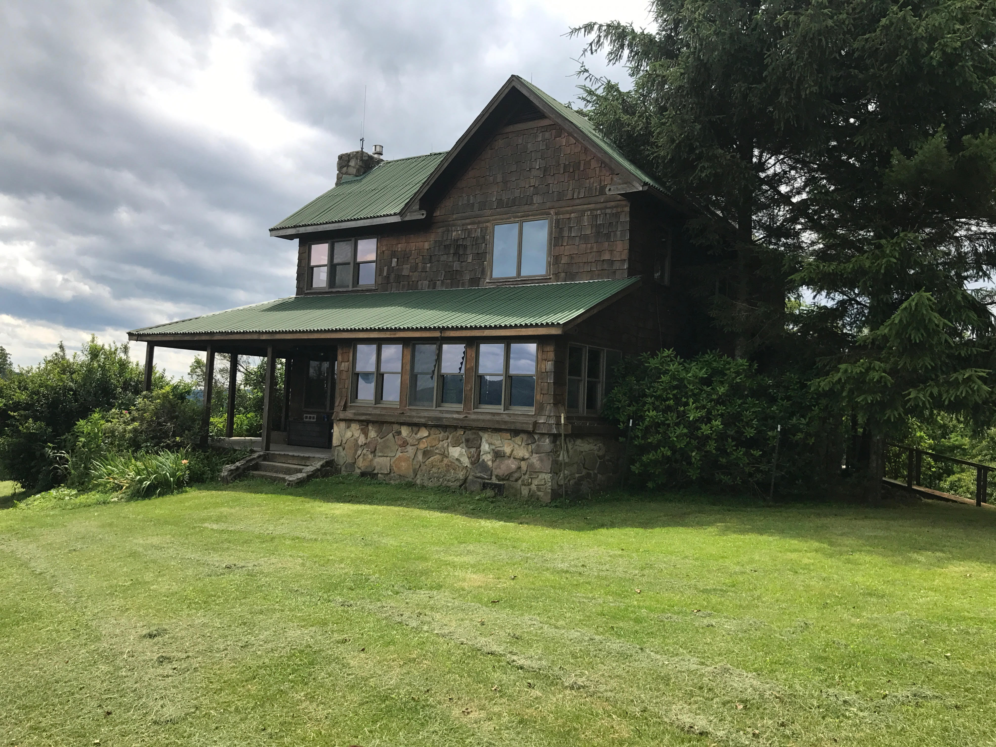 Redtail Ln Hambleton WV under contract by Rebecca Gaujot