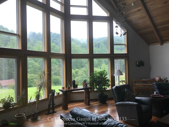 country estate at 684 Fitzwater Branch Rd, Renick WV