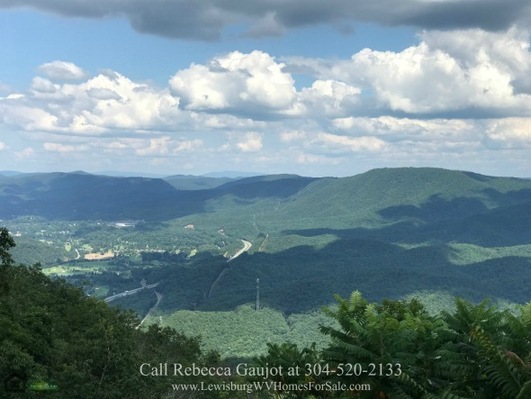 The Retreat Caldwell WV Lots for Sale - Build your luxury custom designed home in any of the lots for sale in Caldwell WV.
