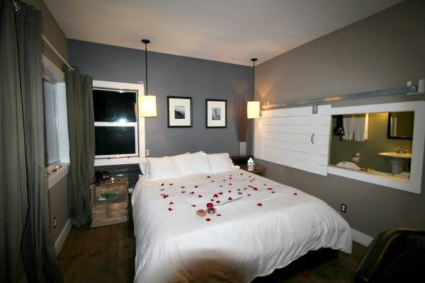 Inn At Discovery Coast Romance Package Le Rich Boxman 2017 Copyrighted All Rights