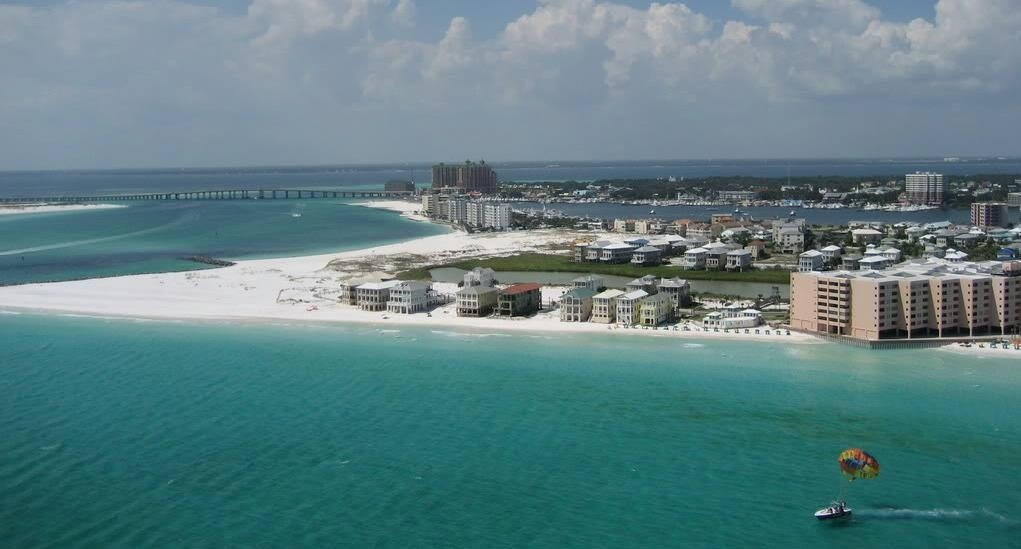 holiday isle homes for sale in destin fl