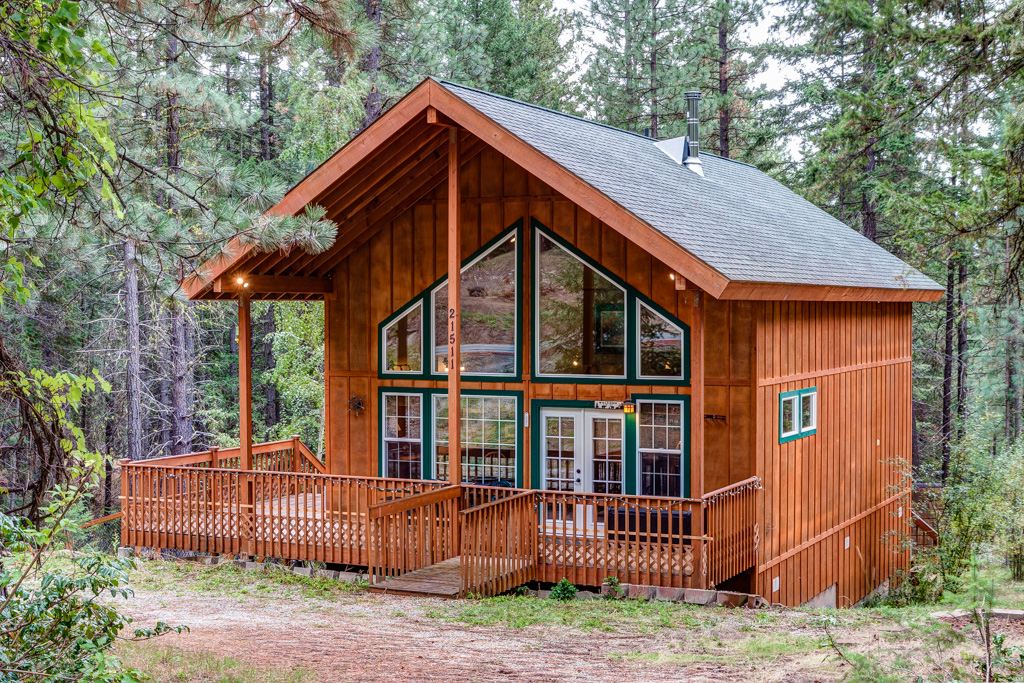 Small Cabins For Sale 2.
