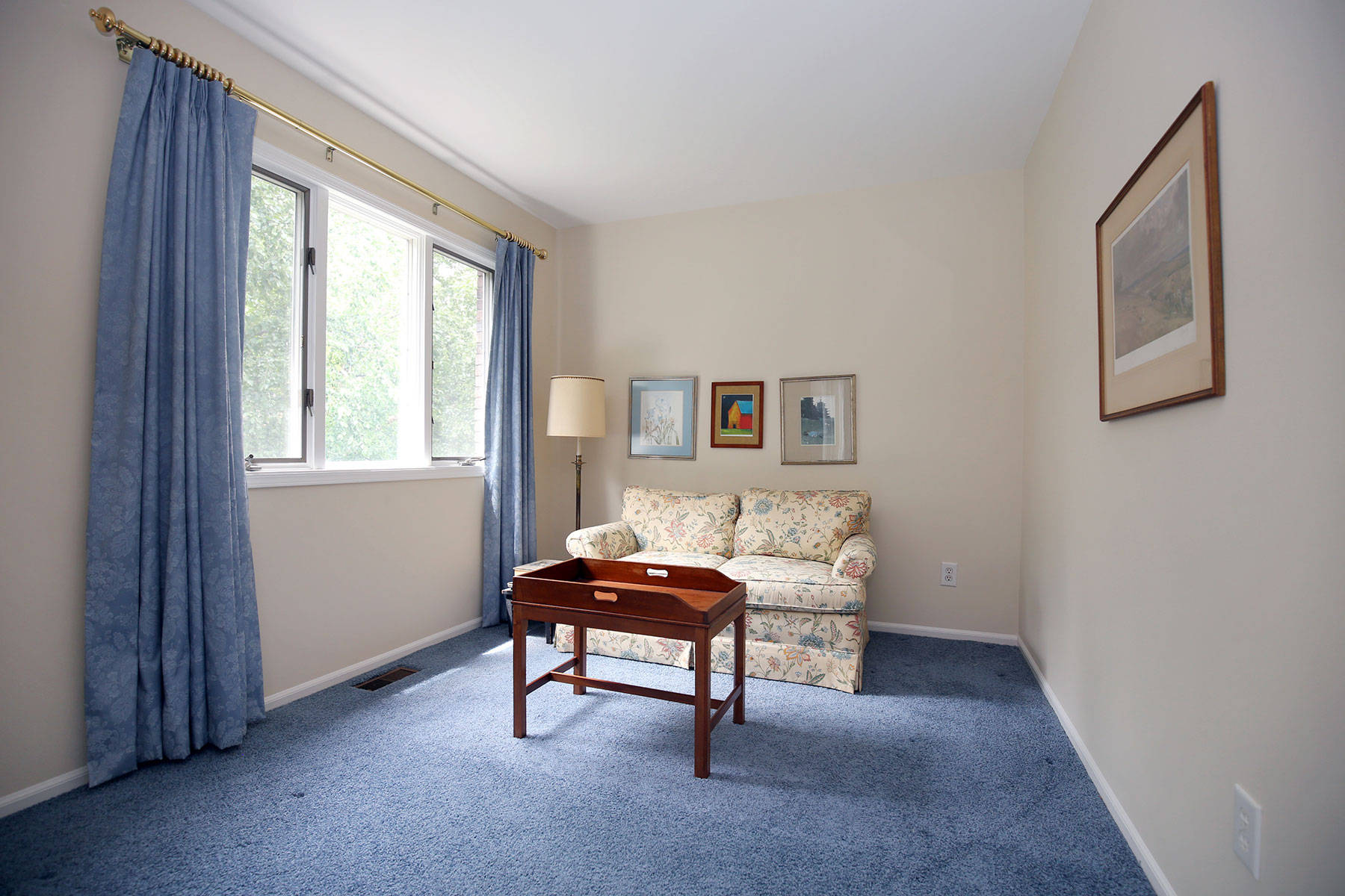 Just Listed 3 Br Townhome In Madison Nj
