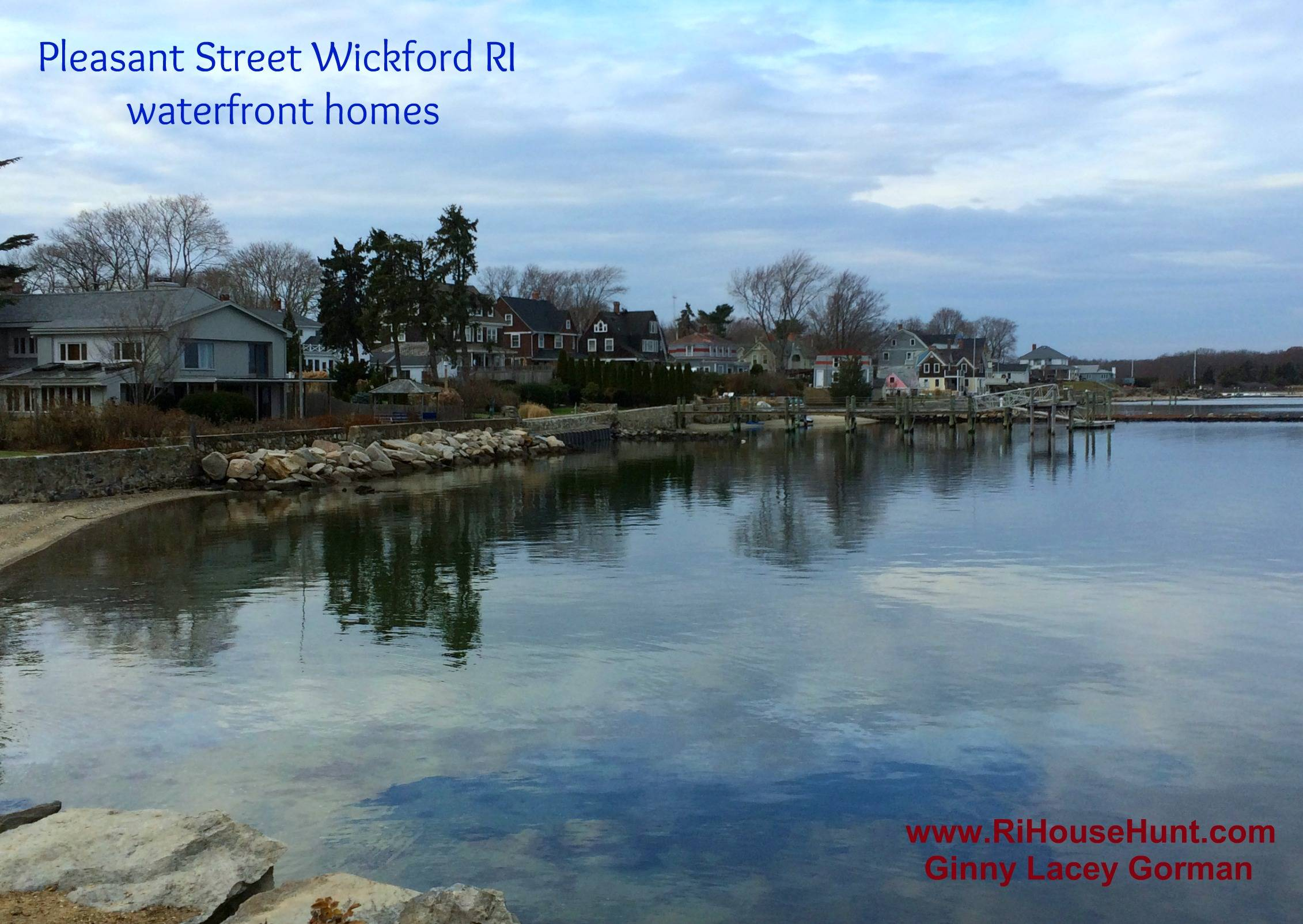 Wickford RI at the water in real estate