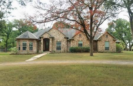 12832 Copperhead Pvt Rd, Bryan, TX - Click here to find out more about this beautiful Bryan home for sale