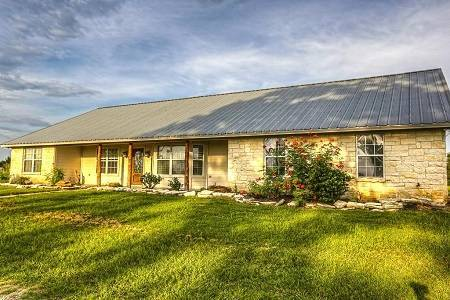 16321 Hwy 6, Navasota, TX - Click here to find out more about this beautiful Navasota property for sale