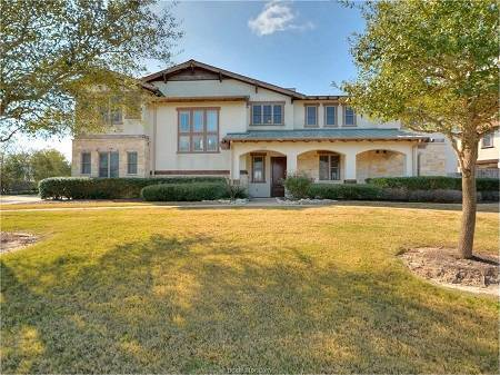 3249 Founders Dr, Bryan, TX - Click here to find out more about this beautiful Bryan TX home for sale