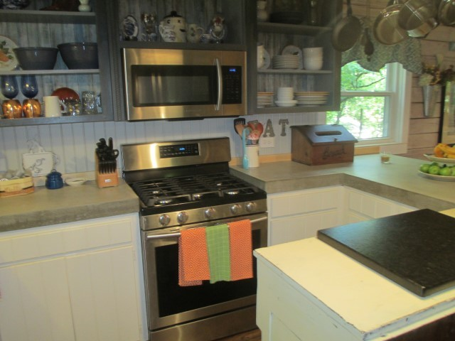 305 Lake Cheohee Road, kitchen detail