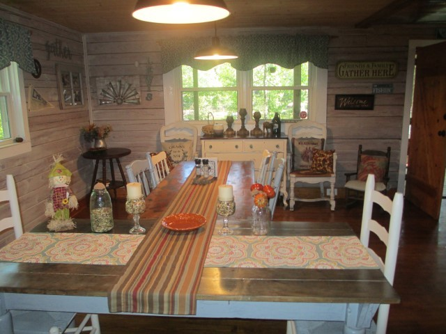 305 Lake Cheohee Road Dining area