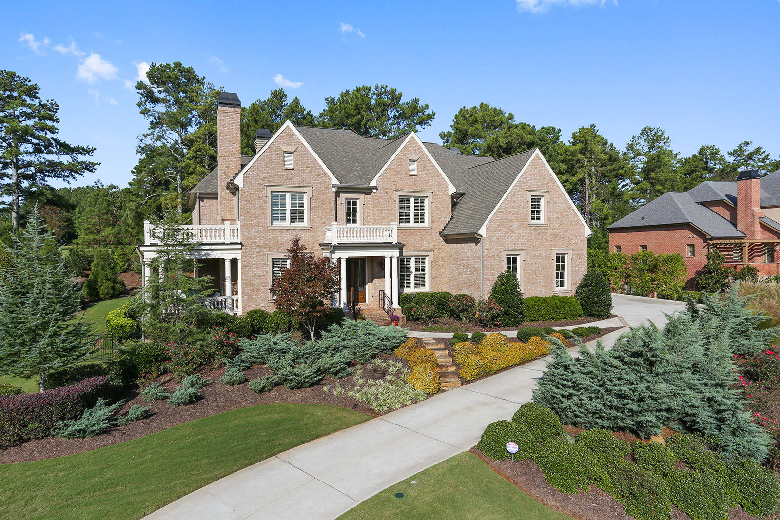 Luxury home for sale roswell georgia for Homes for sale luxury
