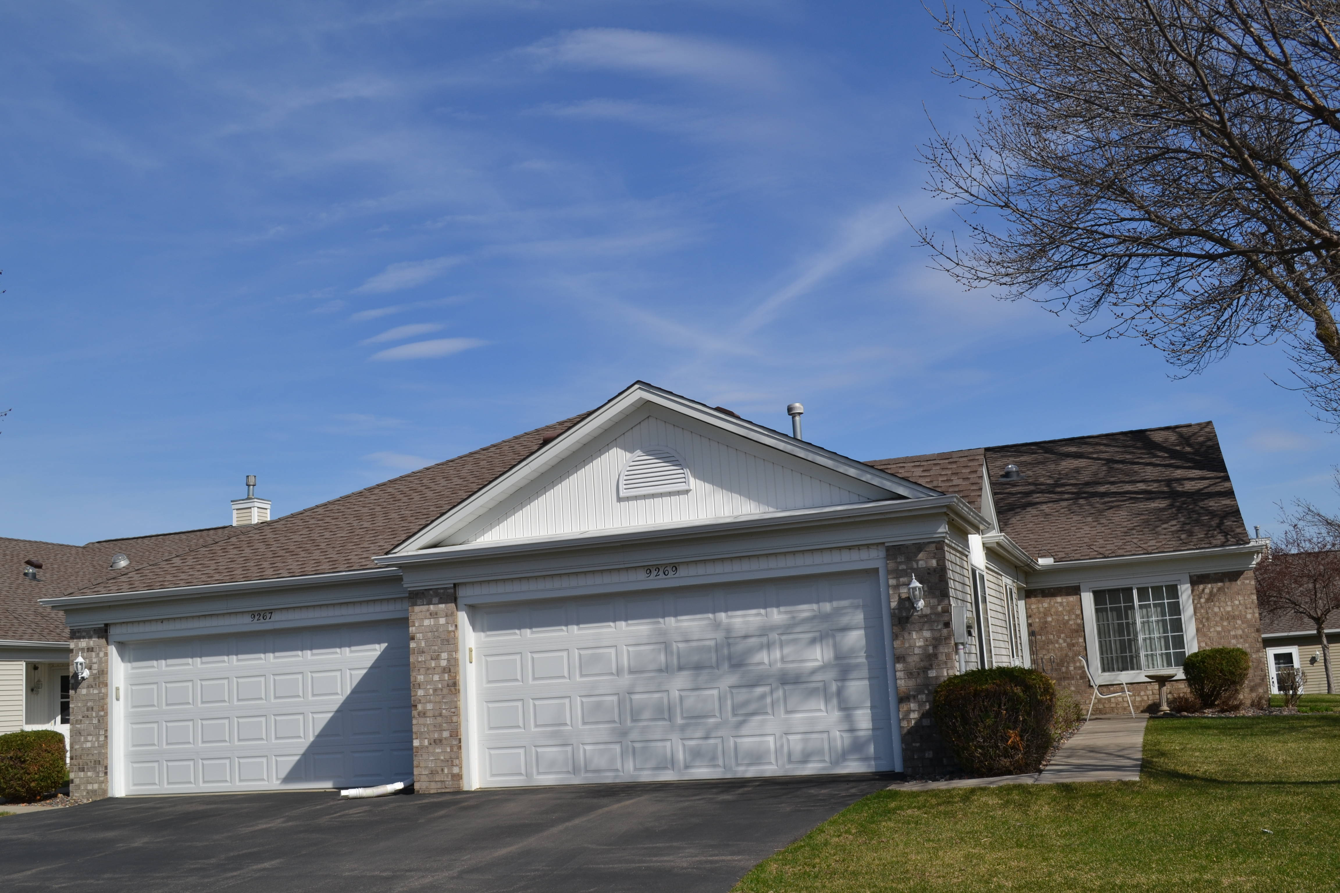 one level townhomes for sale in new prague mn