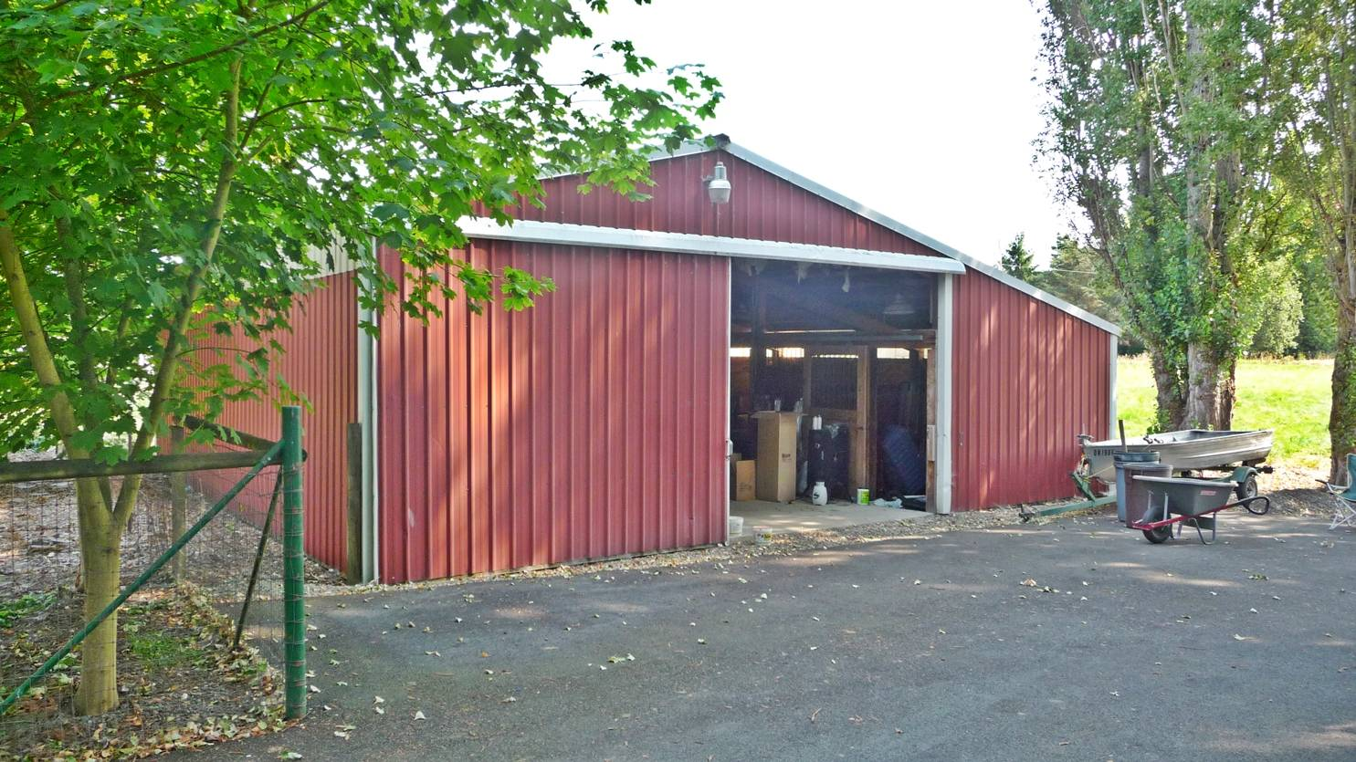 Horse Barn Sold Oregon Real Estate